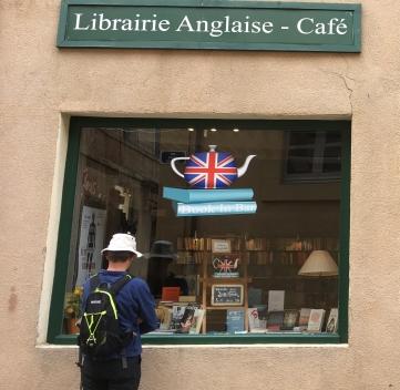 English bookshop/cafe