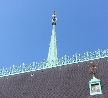 Beautiful lattice work on the roof
